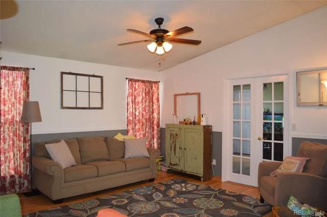 8074 S Estes Court, Littleton, CO 80128 (#5733990) :: HomeSmart Realty Group