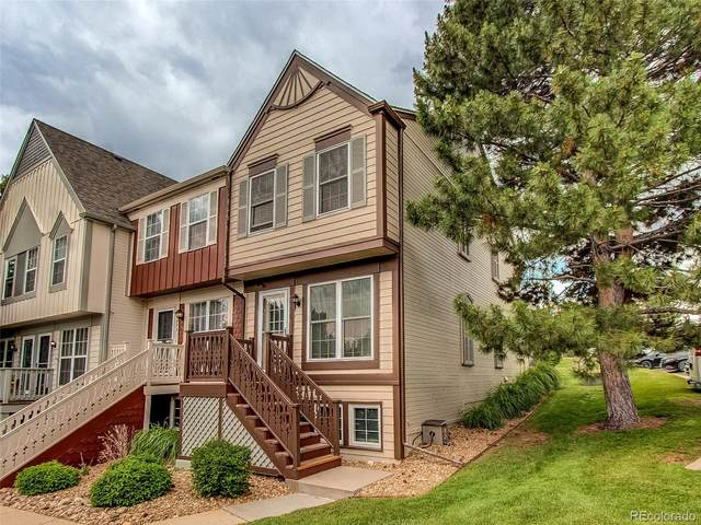 9898 W Cornell Place, Lakewood, CO 80227 (#5736056) :: West + Main Homes