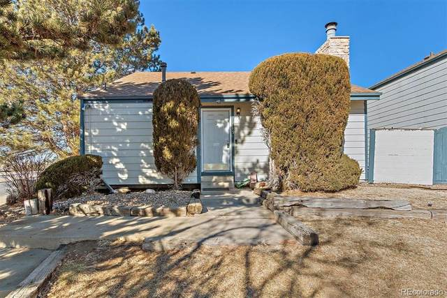 1013 S Zeno Way, Aurora, CO 80017 (#5741118) :: The HomeSmiths Team - Keller Williams