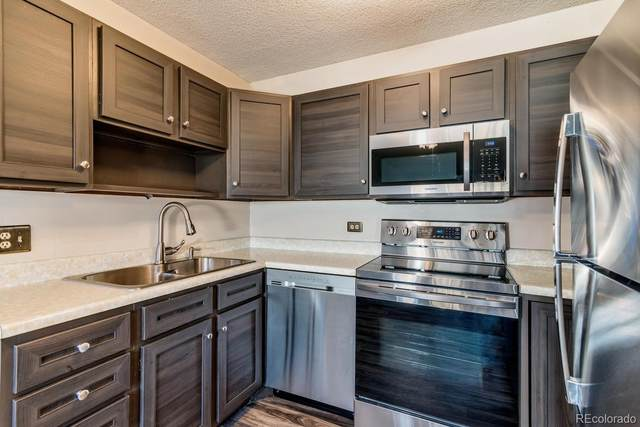 580 S Clinton Street 6C, Denver, CO 80247 (#5760978) :: Chateaux Realty Group