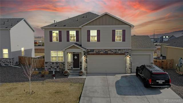 1566 Highfield Drive, Windsor, CO 80550 (#5798457) :: The DeGrood Team