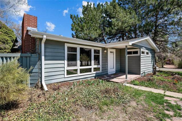 2560 Field Street, Lakewood, CO 80215 (#5855606) :: HomeSmart