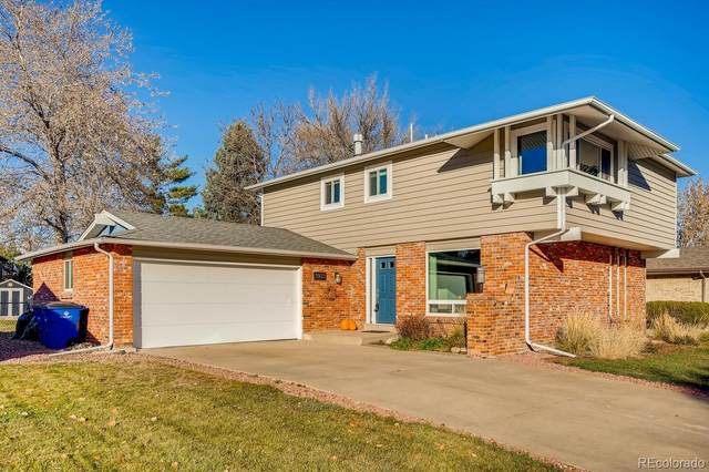 5923 W Maplewood Drive, Littleton, CO 80123 (#5920007) :: The DeGrood Team
