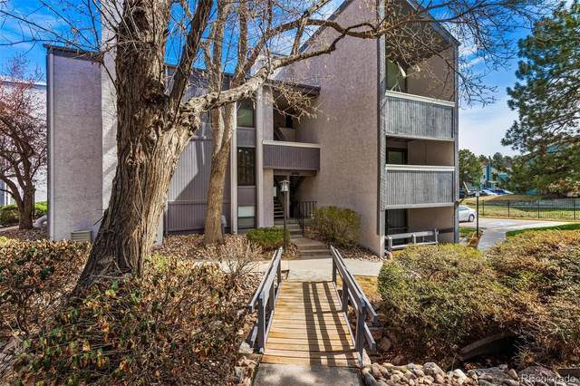 6490 S Dayton Street L09, Englewood, CO 80111 (#5959611) :: The HomeSmiths Team - Keller Williams