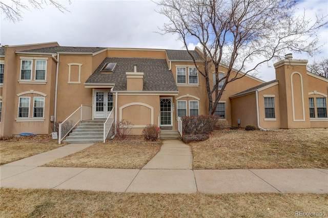 2884 S Ursula Street, Aurora, CO 80014 (#5966000) :: iHomes Colorado