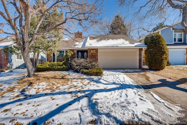 8038 S Quince Circle, Centennial, CO 80112 (#5976611) :: The Harling Team @ HomeSmart