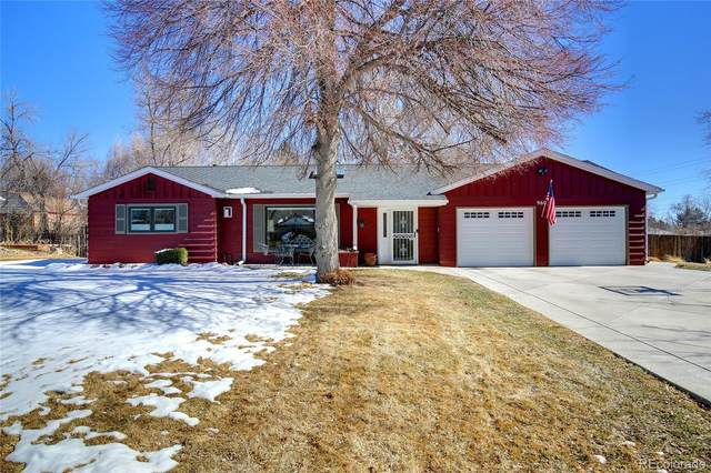 960 Flower Street, Lakewood, CO 80215 (#5979240) :: HomeSmart
