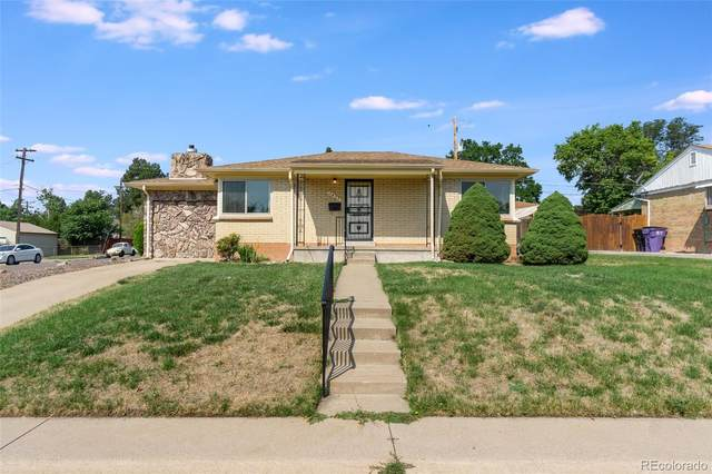 1451 S Carlan Court, Denver, CO 80219 (#5993445) :: The Healey Group