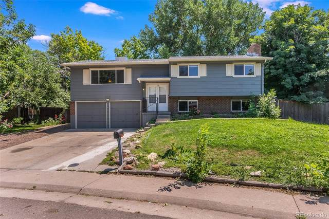 8564 W Radcliffe Place, Littleton, CO 80123 (#6014467) :: The DeGrood Team