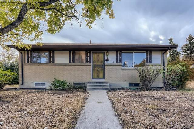 712 S Simms Street, Lakewood, CO 80228 (#6067671) :: Venterra Real Estate LLC