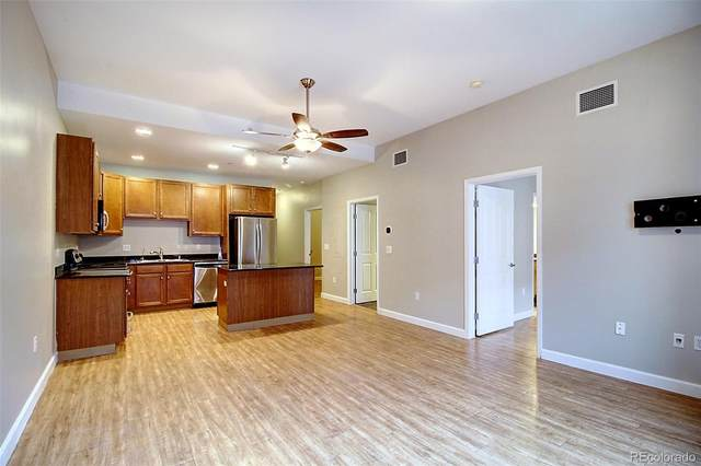 1950 N Logan Street #902, Denver, CO 80203 (#6100457) :: My Home Team