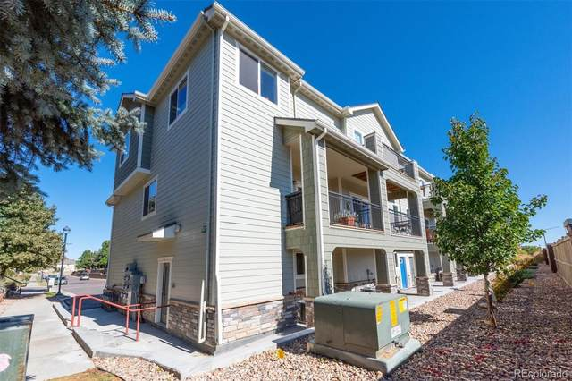 11250 Florence Street 8A, Commerce City, CO 80640 (#6122172) :: The DeGrood Team
