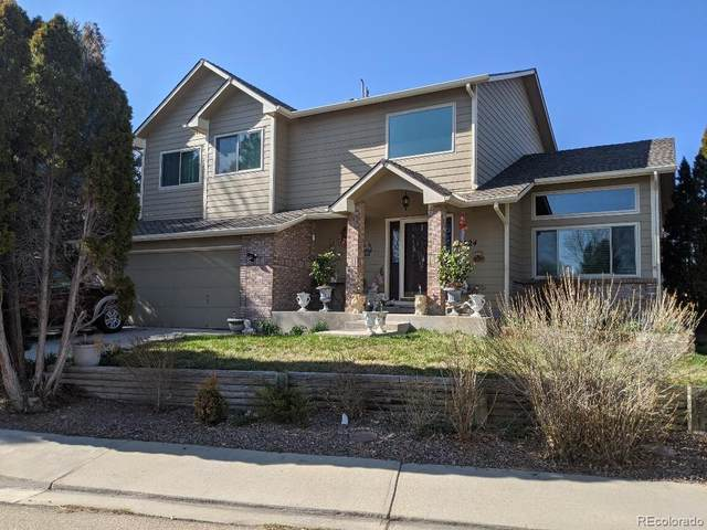 2924 Lake Park Way, Longmont, CO 80503 (#6131330) :: The HomeSmiths Team - Keller Williams