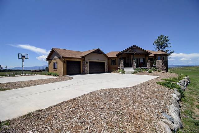 12030 Meadow Glen Lane, Colorado Springs, CO 80908 (#6143828) :: The Gilbert Group