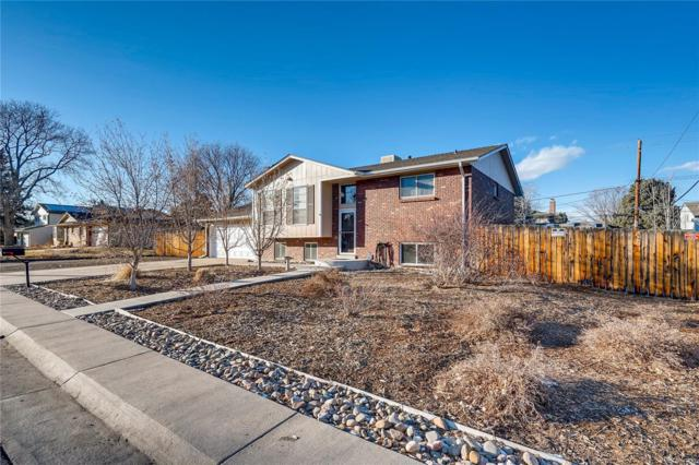 10631 W 77th Place, Arvada, CO 80005 (#6152573) :: The DeGrood Team