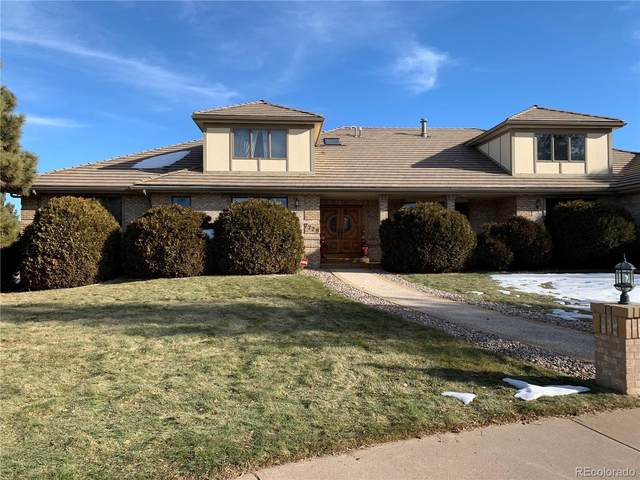 7729 W Oxford Place, Lakewood, CO 80235 (#6159235) :: The HomeSmiths Team - Keller Williams