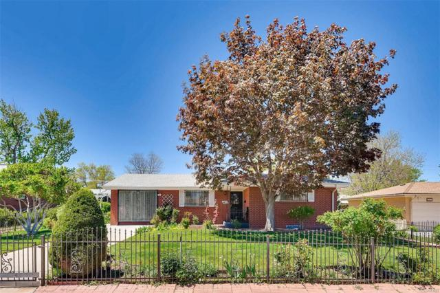 1677 S Yarrow Court, Lakewood, CO 80232 (#6163177) :: Bring Home Denver with Keller Williams Downtown Realty LLC