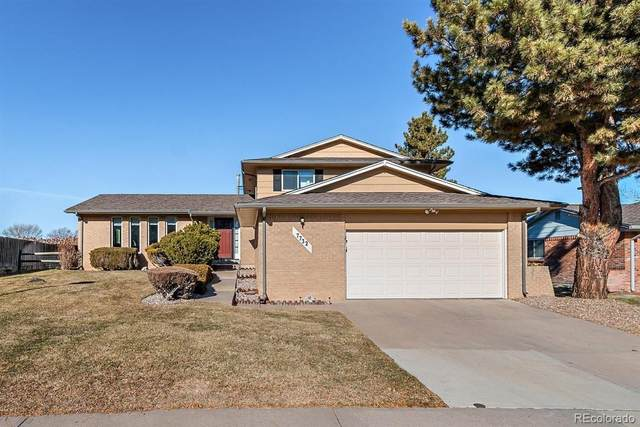 7732 S Harrison Circle, Centennial, CO 80122 (#6199109) :: The Healey Group
