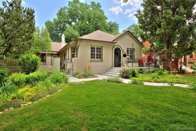 2246 Krameria Street, Denver, CO 80207 (#6204548) :: Finch & Gable Real Estate Co.