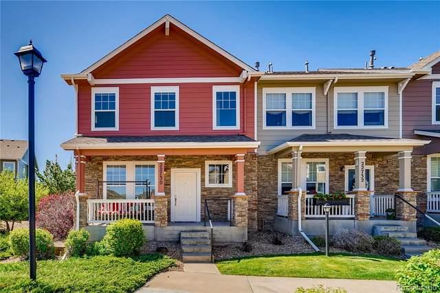 22730 E Briarwood Place, Aurora, CO 80016 (#6216909) :: Portenga Properties