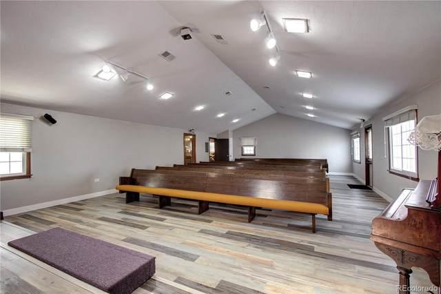 6300 W 1st Avenue, Lakewood, CO 80226 (#6250209) :: iHomes Colorado