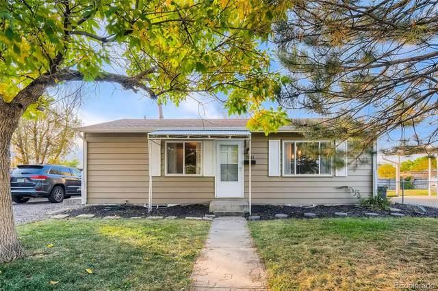 7811 Ladore Street, Commerce City, CO 80022 (#6343496) :: The DeGrood Team