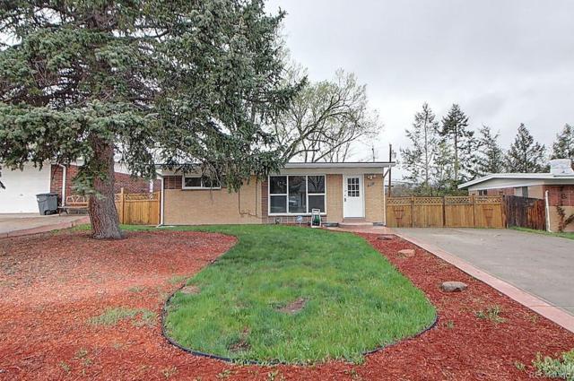 701 S Simms Street, Lakewood, CO 80228 (#6405400) :: The DeGrood Team