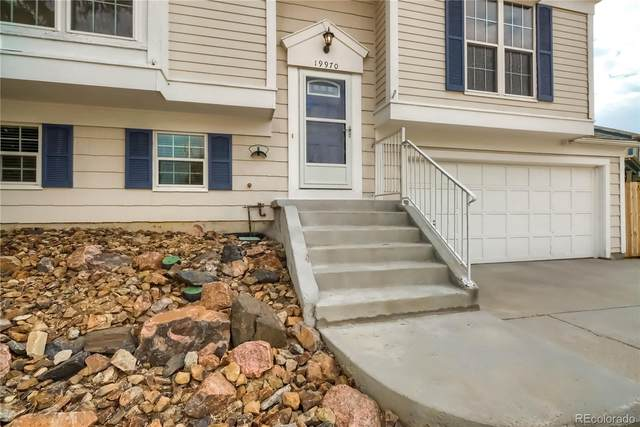 19970 E Linvale Place, Aurora, CO 80013 (#6448331) :: HomeSmart Realty Group