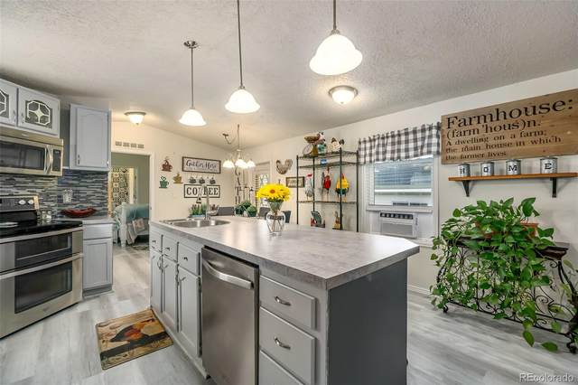 2211 W Mulberry Street, Fort Collins, CO 80521 (#6470737) :: The HomeSmiths Team - Keller Williams