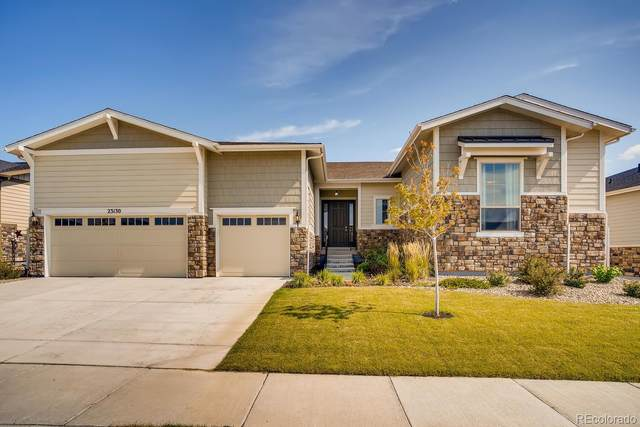 23130 E Del Norte Circle, Aurora, CO 80016 (#6482376) :: The Margolis Team