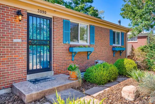 3090 W Monmouth Avenue, Englewood, CO 80110 (#6492834) :: The HomeSmiths Team - Keller Williams