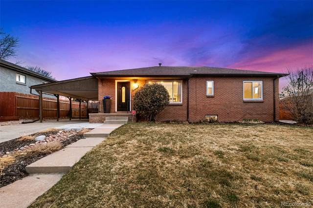 2073 S Wolcott Court, Denver, CO 80219 (#6496290) :: Berkshire Hathaway HomeServices Innovative Real Estate
