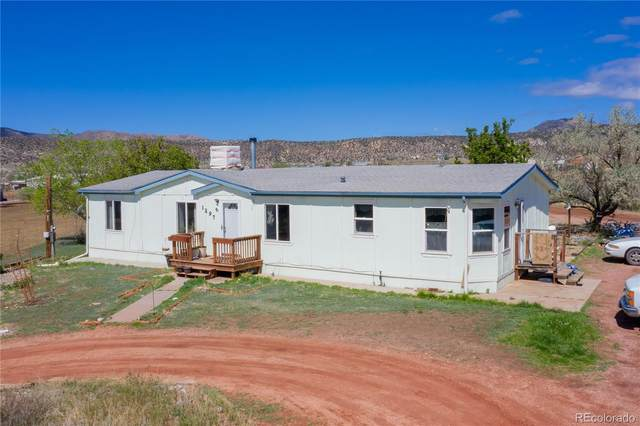 1297 Lawrence Avenue, Canon City, CO 81212 (#6498546) :: The DeGrood Team