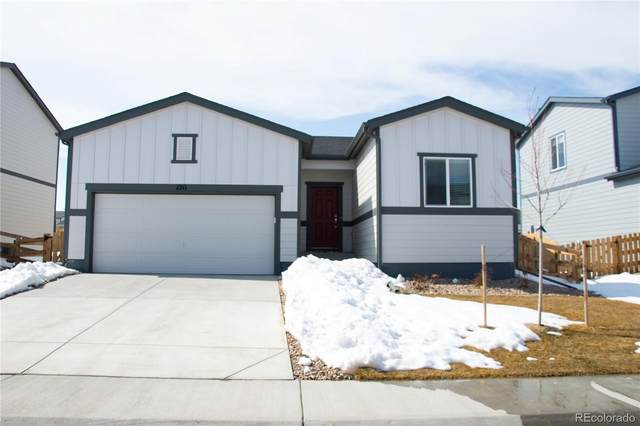 1211 Huntington Avenue, Dacono, CO 80514 (#6504925) :: iHomes Colorado
