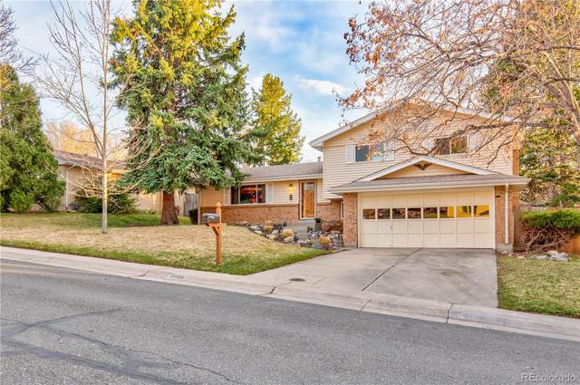 8576 W 70th Way, Arvada, CO 80004 (#6566348) :: The DeGrood Team