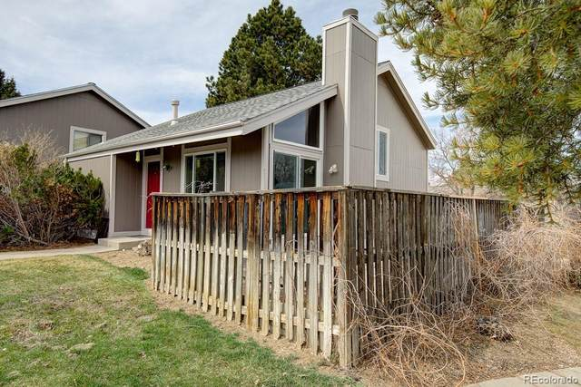 3841 S Genoa Court, Aurora, CO 80013 (#6688660) :: The Peak Properties Group