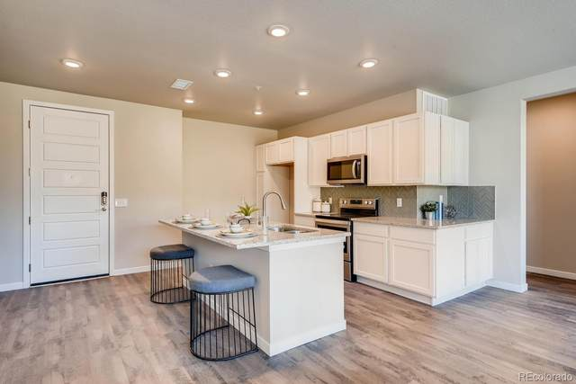 480 E Fremont Place #302, Littleton, CO 80122 (#6705573) :: The Griffith Home Team