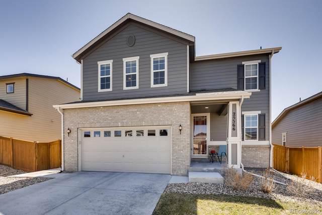 25566 E Maple Avenue, Aurora, CO 80018 (#6831710) :: The Peak Properties Group