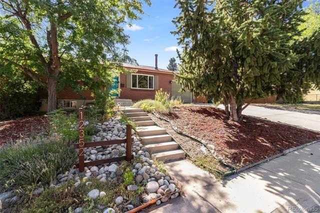 12352 W Dakota Drive, Lakewood, CO 80228 (#6872610) :: Kimberly Austin Properties