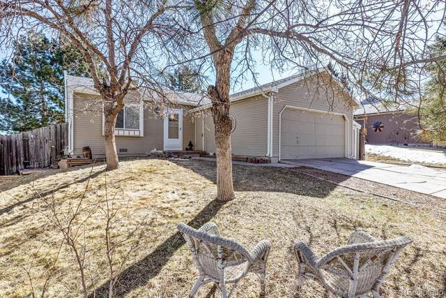 4854 S Gibraltar Lane, Centennial, CO 80015 (#6937432) :: The Gilbert Group
