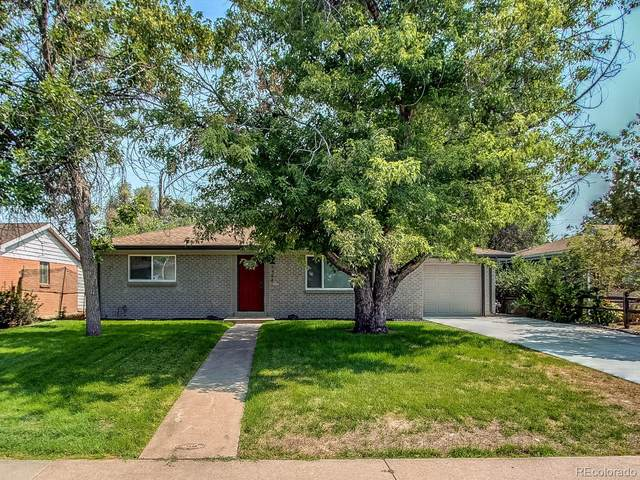 1544 S Chase Court, Lakewood, CO 80232 (#6940257) :: The DeGrood Team