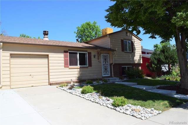 4803 S Quintero Circle, Aurora, CO 80015 (#6984921) :: The DeGrood Team