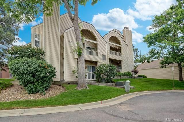1009 S Miller Street #202, Lakewood, CO 80226 (#7034350) :: The HomeSmiths Team - Keller Williams