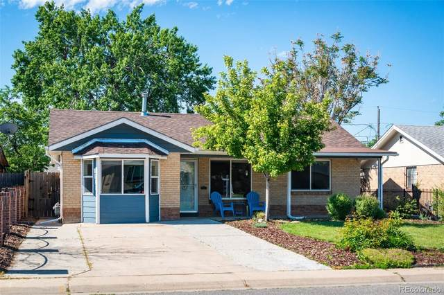 5520 E Thrill Place, Denver, CO 80207 (#7090228) :: The HomeSmiths Team - Keller Williams