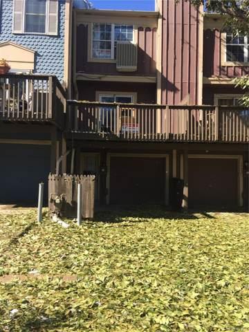 10422 W Dartmouth Avenue, Lakewood, CO 80227 (MLS #7159035) :: 8z Real Estate