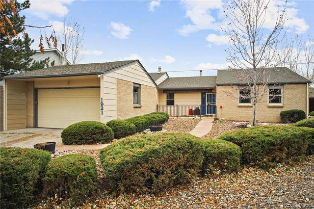 1921 S Hoyt Way, Lakewood, CO 80227 (MLS #7172645) :: 8z Real Estate