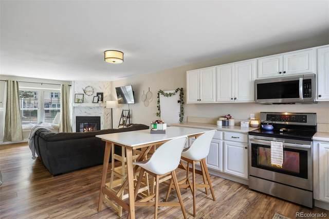 9616 W Chatfield Avenue E, Littleton, CO 80128 (#7194504) :: The HomeSmiths Team - Keller Williams
