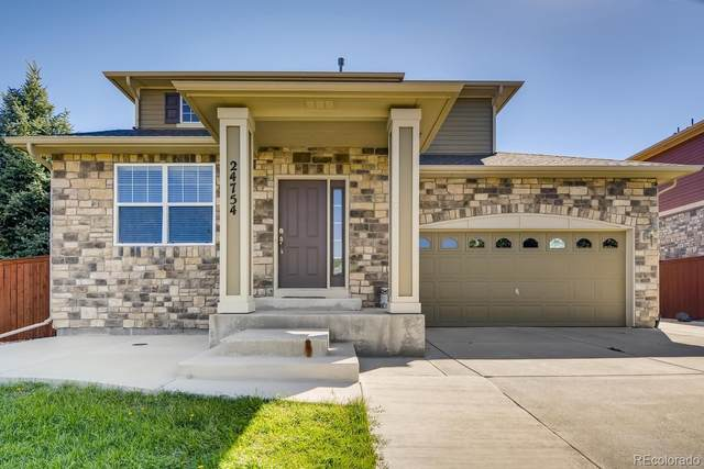 24754 E Chenango Drive, Aurora, CO 80016 (MLS #7197706) :: Neuhaus Real Estate, Inc.