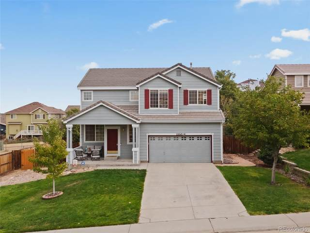 22049 E Belleview Place, Aurora, CO 80015 (#7220201) :: The DeGrood Team