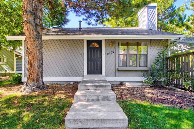 10221 E Peakview Avenue, Englewood, CO 80111 (#7399437) :: Bring Home Denver with Keller Williams Downtown Realty LLC